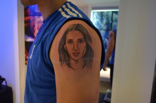 File:Tattoo portrait,realistic,face,black and grey, fem.jpg