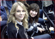 Taylor-swift-demi-lovato