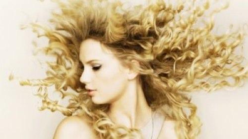 File:Taylorpregnant.jpg