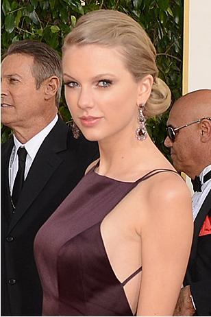 File:Taylor at Golden Globes looking nice.jpg