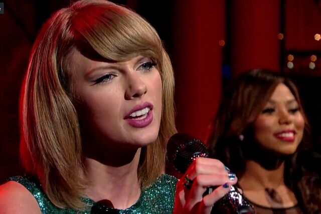 File:Welcome2NY- TSwift on Letterman8.jpg
