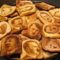 <b>Toast</b>