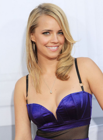 File:Jessica barth.png