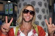 Greg+Cipes+Warner+Bros+Comic+Con+International+WAbb5W64Hkyl