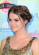 Teen Choice Awards 2013 Maia (3)