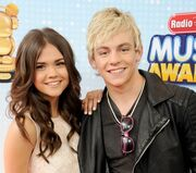 Ross-lynch-maia-mitchell-teen-beach-movie-3
