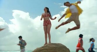 Teen beach movie trailer capture 125