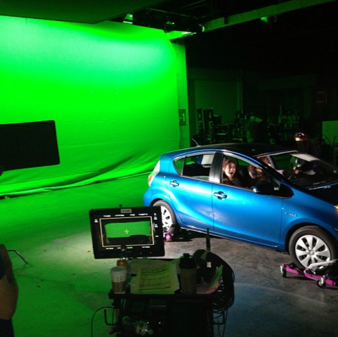 File:Teen Wolf Season 3 Behind the Scenes Crystal Reed Holland Roden Toyota Prius Green Screen.png