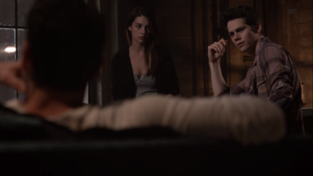 File:Teen Wolf Season 3 Episode 8 Visionary Dylan O'brien Adelaide Kane Cora with Skeptical Stiles.png