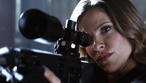 Kate shoots Derek