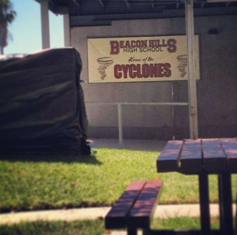 File:Teen Wolf Season 3 Behind the Scenes High School exterior Teen Wolf HQ Aug 20.png