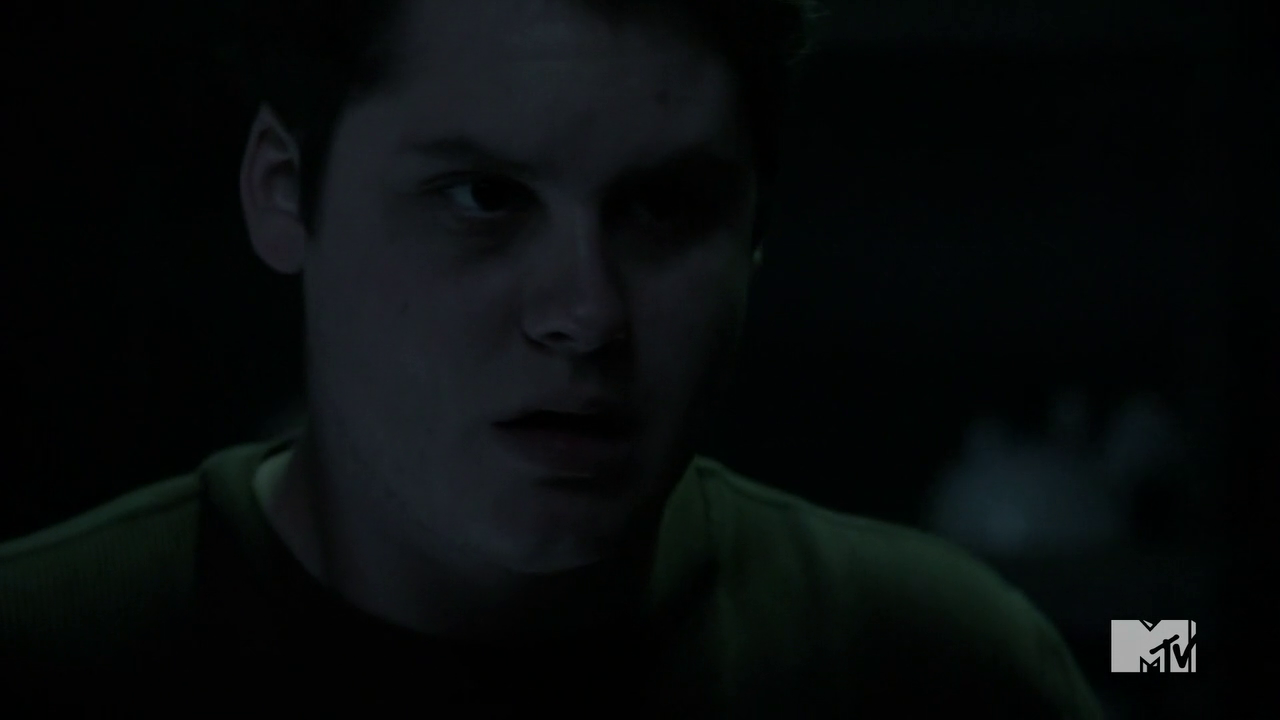 Teen Wolf Season 3 Episode 20 Echo House Oliver possessed.png