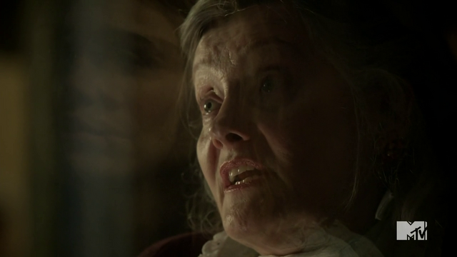 File:Teen Wolf Season 2 Episode 6 Motel California Trach Lady Motel Manager.png