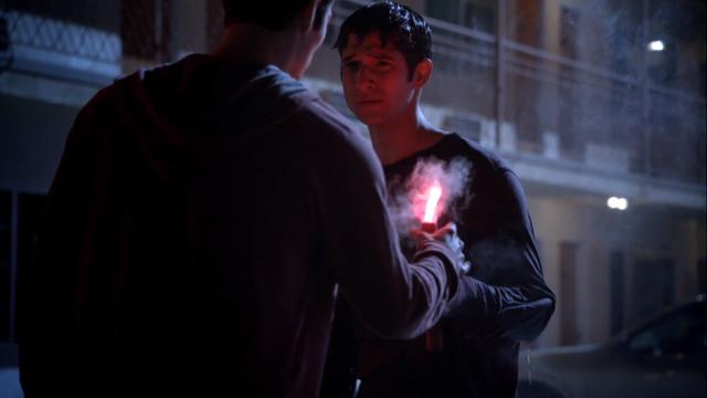 File:Teen Wolf Season 3 Episode 6 Motel California Dylan O'Brien Tyler Posey Stiles saves Scott.png