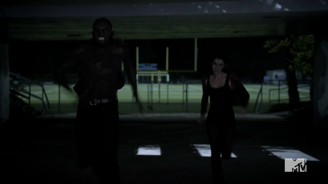 File:Teen Wolf Season 3 Episode 3 Fireflies Sinqua Walls Adelaide Kane Boyd and Cora Run to School.png