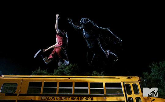 Teen-Wolf-Season-5-Episode-17-a-credible-threat-Liam-vs-the-beast