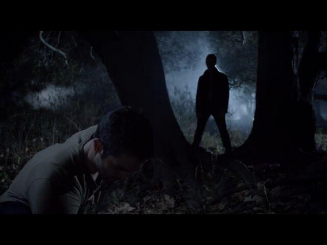 File:Teen Wolf Season 3 3 Fireflies Ian Bohen Tyler Hoechlin Peter And Derek Silhouette .jpg