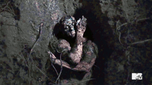 File:Dead and Buried Peter Hale.png