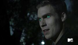 Pete-Ploszek-Green-Eyes-Teen-Wolf-Season-6--Episode-Heartless-Teen-Wolf-Wikia.jpg