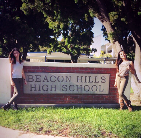File:Teen Wolf Season 3 Behind the Scenes Pali High signage up for 3b 4.png
