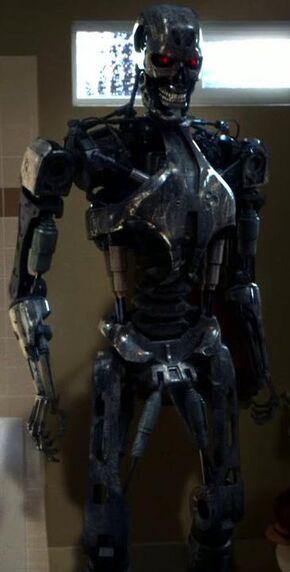 Cromartie endoskeleton.jpg
