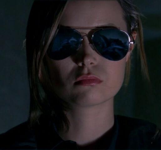 File:SCC 107 cameron sunglasses.jpg