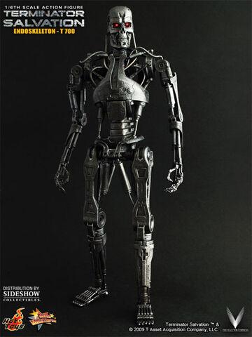 File:Figurine-t-700-terminator-salvation-hot-toys1a.jpg