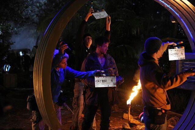 File:Terra Nova Within behind scenes Lukas Terminus close.jpg