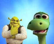 http://the-frollo-show.wikia.com/wiki/File:ShrekAndArlo