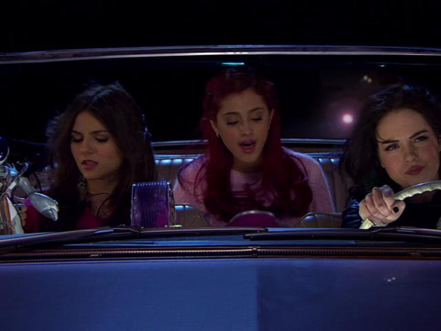 File:Diamond, Jewel and Sugar altogether - Teenage Dreams 1x01.PNG