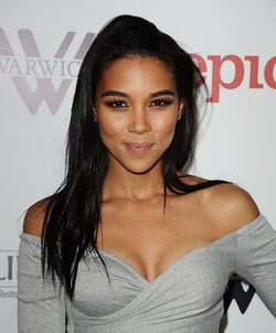 Alexandra shipp american music awards 2015
