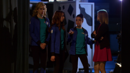 Dsmn cassie leaves to get amanda, amy leaves to get into costume, and piper leaves to get michelle