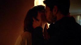 Zepworth First Kiss