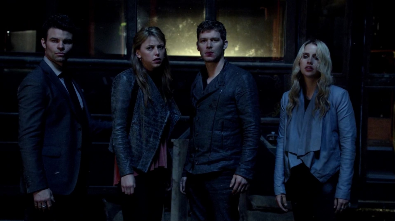 famille mikaelson wiki the originals fandom powered by wikia. Black Bedroom Furniture Sets. Home Design Ideas