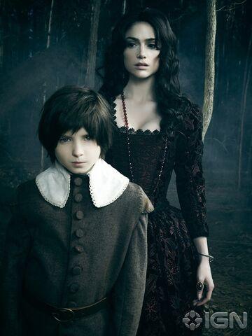 File:Salem S02 Photoshoot Mary & Little John.jpg
