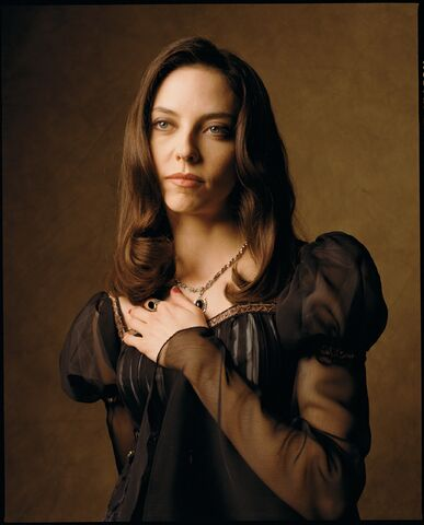 File:Drusilla-Spike-Angel-promotional-images-buffy-the-vampire-slayer-12513407-2066-2560.jpg