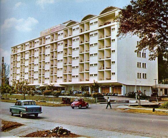 File:HotelSingapuraInterContinental001.jpg