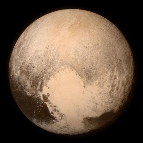 File:Pluto by LORRI and Ralph, 13 July 2015.jpg