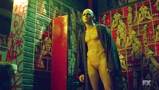 File:The Strain 1x03 Gone Smooth - Gabriel Bolivar - Marilyn Manson.jpg