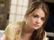 Lucy-hale-poster-and-david-henrie-2073329825