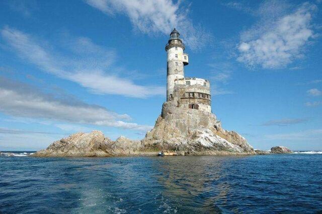 File:The Lighthouse.jpg