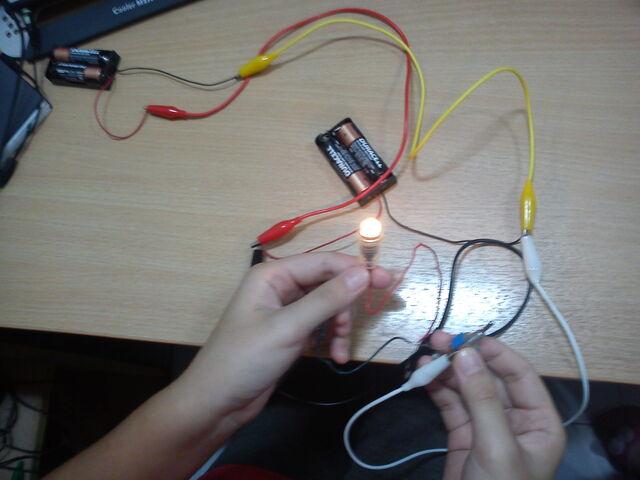 File:2+2 Circuit.jpg