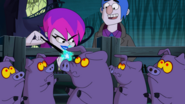 S2e03a hildy casts a spell on the pigs