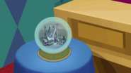 S1e24 now a snow globe