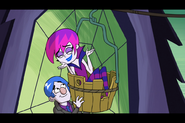S1e04b Hildy Wants the Golden Bucket and Bashful Ruins Things 6