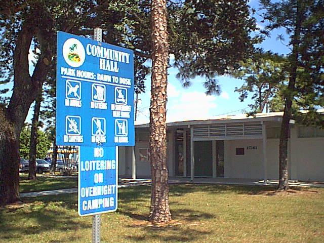 File:Bonita Community Hall.jpg