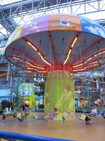 File:The Backyardigans Swing-Along at Nickelodeon Universe.jpg