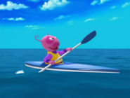 The Backyardigans Race Around the World 20 Uniqua