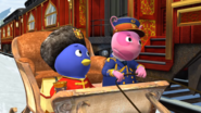 The Backyardigans Catch that Train! 13 Uniqua Pablo
