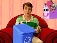 Blue's Clues Mailbox with Recycling Bin